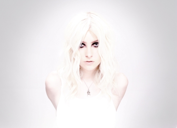 Taylor Momsen from the Rockband The Pretty Reckless